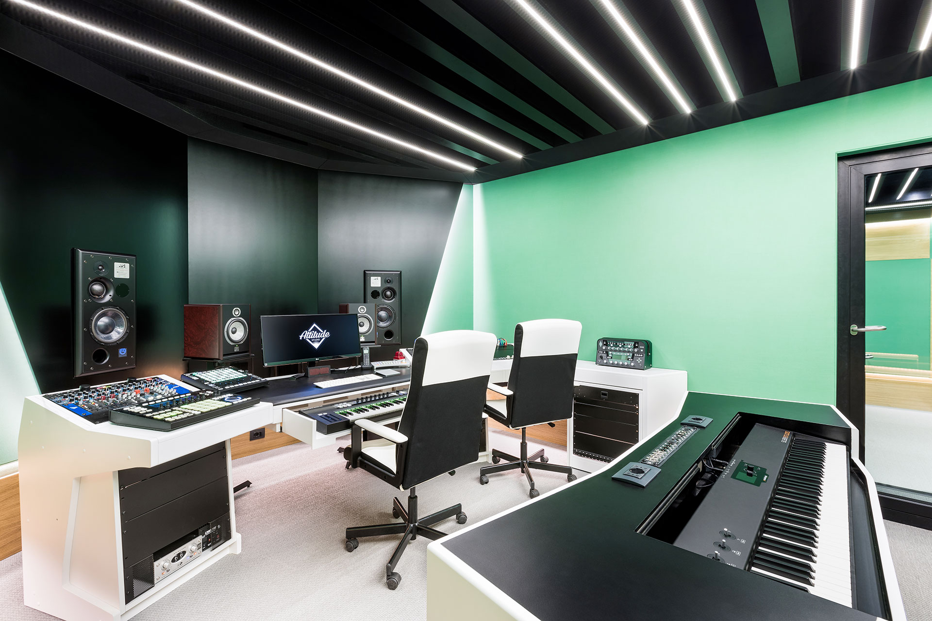 attitude studio mixer